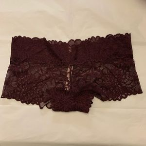 5/$15✨ VS PINK Burgundy Lace Cheeky Boyshort Panty